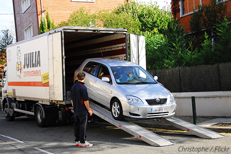 How to Transport your Cars Abroad